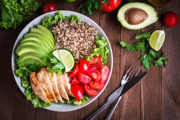 piatto-con-cibo-sano
